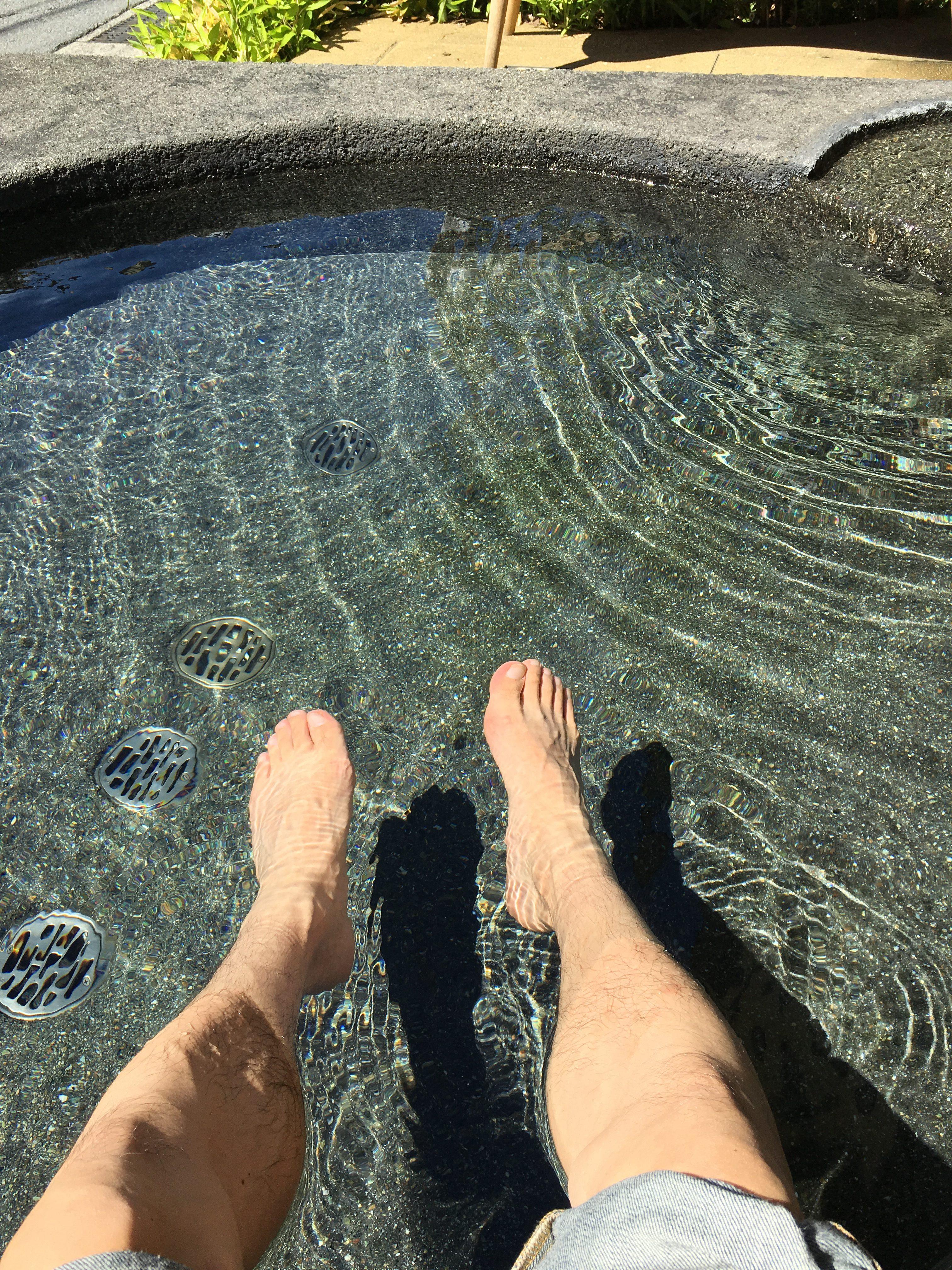 足湯は気持ちいい